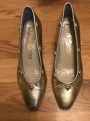 Ladies leather gold shoes size 33
