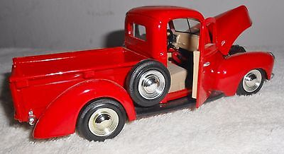 1940 FORD PICK-UP TRUCK  1:24 Diecast NO Box