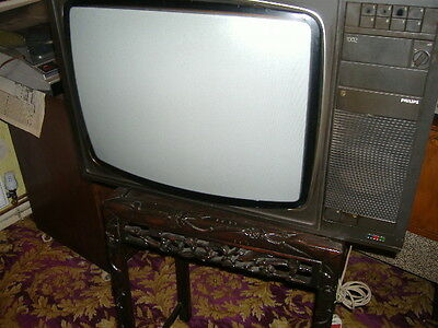 Colour Television 1970S Philips,push Button,24Inch