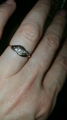 9 carat yellow gold and diamond dainty ring Size L