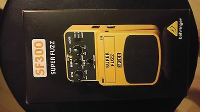 Pedale Behringer Sf300 Super Fuzz