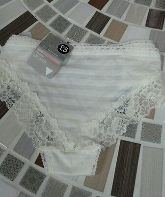 Marks and Spencer ladies knickers in cream size 14 Lace Brazilian
