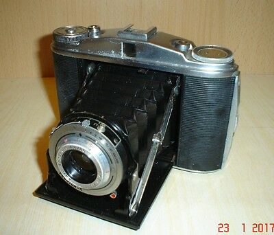 Agfa Isolette II Folding Camera with leather case and accessories Antique