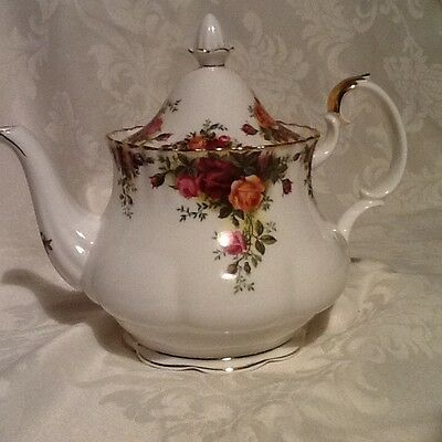Royal Albert Old Country Roses Large Teapot 1st Quality