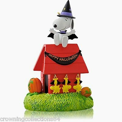 2014 Hallmark Hangin' with Count Snoopy Halloween Ornament Peanuts Hanging NIB