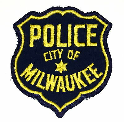 MILWAUKEE WISCONSIN WI Police Sheriff Patch VINTAGE OLD MESH ~