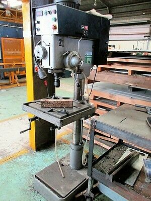 Gear Headed Drill Pro Richyoung Industrial drilling machine, Model: DP-925GAD