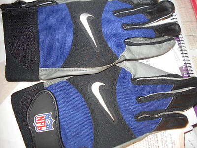 St Louis Rams - 2006  Gloves  Game Used Hard To Find!!