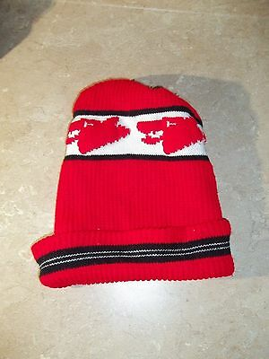 Rare Vintage Wolfs Head Oil winter Hat toque touque toboggan knit cap