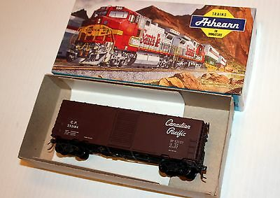Athearn Blue Box Custom 40 FT. Boxcar CP Canadian Pacific CPR #252184