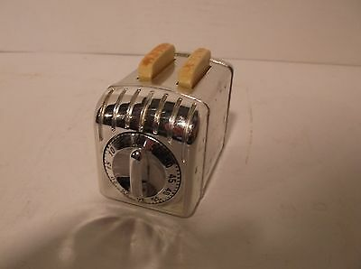 RARE Vintage and Unusual Kitchen Timer Mini Chromed Toaster with Bread 60 Min.