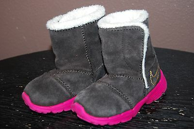 Nike Girls Sneaker Boots - Size 5 C - Brown Suede with Pink Sole