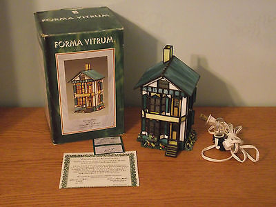Forma Vitrum Vitreville Painter's Place 1993 Stained Glass