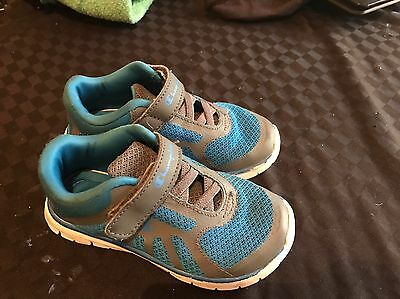 Boys Runners Size 9