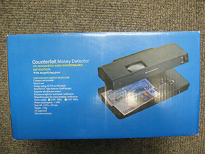 Ultraviolet UV Counterfeit Detector Fake Note Banknote Money Checker inc New £5