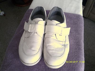 Bowls Shoes White Size 8