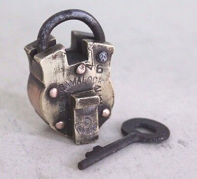 1918's Old Antique Beautiful GAMALOOK ALIGARH 5 LEVER Marked Brass Pad Lock#0034