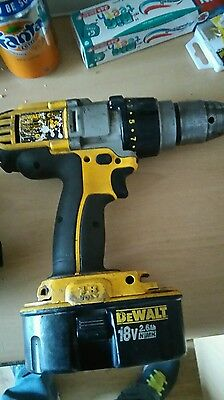 Dewalt drill plus 3 batteries and charger