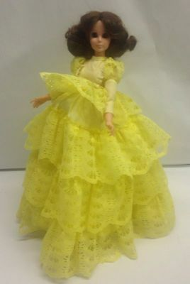 Vintage 1963 EeGee Hearts and Flowers Hippie Mod Era 'Lace' Doll w Stand