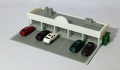 Outland Models Train Railway Shopping Centre / Mall w Parking Lot & Cars Z Gauge