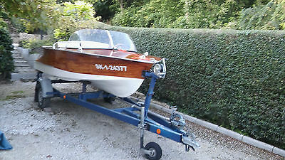 Holzboot Hellwig Panther mit motor Wartburg 353