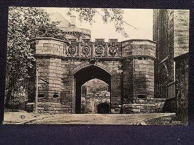 Postcard Of Linlithgow Palace, Gateway