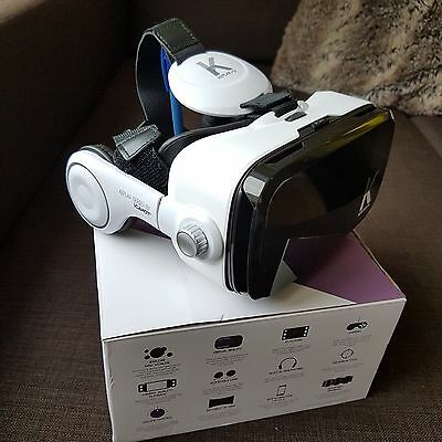 VR headset with integrated adjustable headphones galaxy S7 compatable