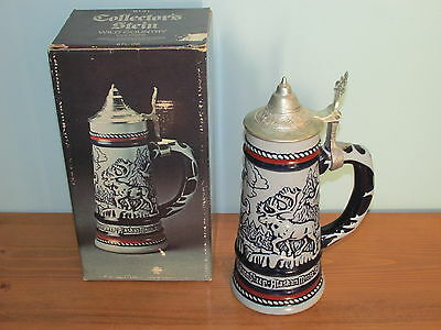 1976 Avon Collectors Stein Wild Country Lidded Stein box no cologne (K)