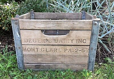 Deger's Dairy Mont Clare PA 1957 Milk Bottle Crate Quart Wood Wooden Crate Box
