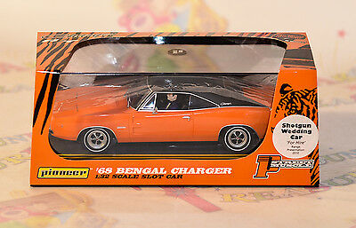 Pioneer '68 Bengal Charger Shotgun Wedding Car - P005 BNIB 1:32 MORE AVAILABLE!