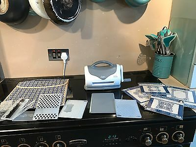 Sizzix Texture Boutique Embossing Machine With 10 Folders And Storage