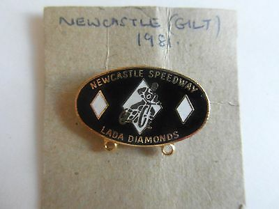 Newcastle  Speedway    81 Badge