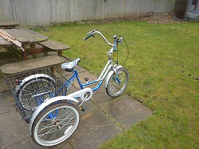 """TRICYCLE Mission Trilogy 20"""" wheel adult size"""