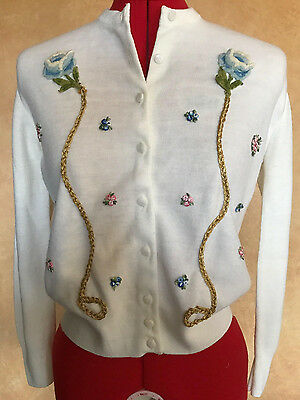 Vintage 1950's Ivory Pin Up Embroidered Soft Knit Sweater Floral Cardigan Small