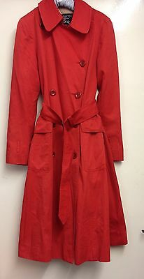 Vintage Burberry Women's Trench Coat.size 8/10