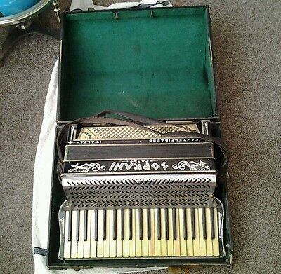 Old Accordion paolo soprani in original case