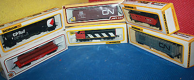 Lot of HO Scale Train Tracks, Cars, Building and Accessories