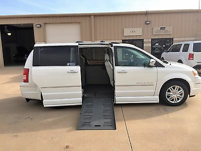 2010 Chrysler Town & Country Limited Mini Van Chrysler Town and Country Handicap Equipped with Power Ramp  8Kmile