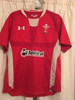 Wales Rugby Shirt Under Armour Good Condition Size M