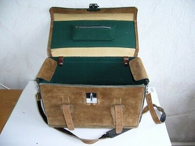 702K01 Alte Kameratasche, Leder, Made in Japan; Old vintage camera leather case