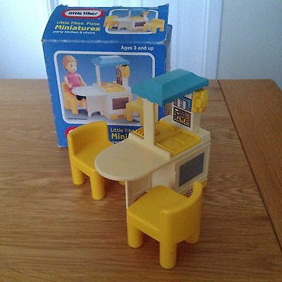 Little Tikes Dolls House Miniatures Party Kitchen And Chairs