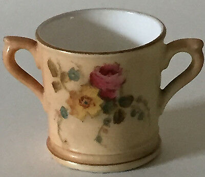 ROYAL WORCESTER Antique MINIATURE LOVING CUP HAND PAINTED
