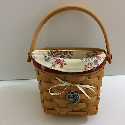 Longaberger 2001 Red Sweetheart Love Notes Basket Combo w Tie-On Liner Protector