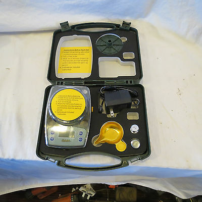 Cabelas Electronic (battery or AC) Reloading Powder Scale
