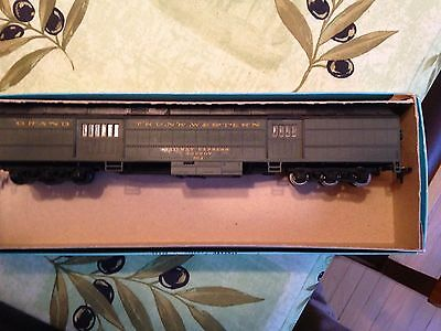 HO scale GTW passenger baggage car