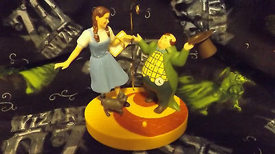 ding dong the witch is dead' singing ornament/wizard of oz.
