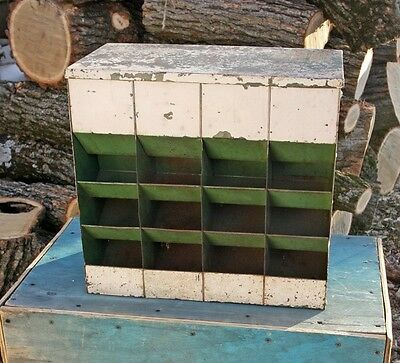 Vtg LYON Industrial 12 Compartment Top Loading Parts Organizer Chippy Green