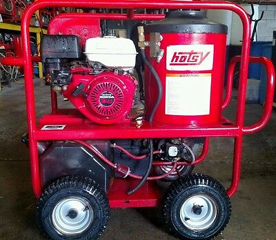 Used Hotsy 965 Hot Water Gas / Diesel 3GPM @ 3000PSI Pressure Washer