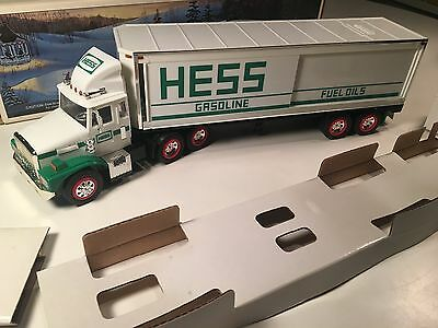 Vintage Hess Toy Truck Bank 1987 Battery Powered Oil Gas Advertising Big Rig