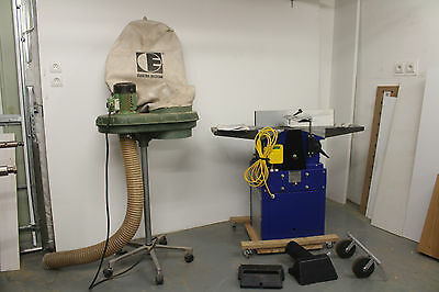 Planer Thicknesser With Dust Extractor